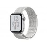 Nike Умные часы APPLE Watch Nike+ Series 4 40mm Silver Aluminium Case with Summit White Nike Sport Loop MU7F2RU/A