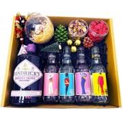 Karácsonyi Delux Hendricks Midsummer Gin Tonik Szett Hendricks Karácsonyfa dísszel