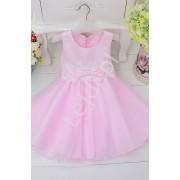 Lejdi Różowa sukienka dla dziewczynki zdobiona w pasie białą koronką
