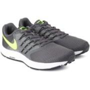 Nike RUN SWIFT Running Shoes For Men(Grey, Yellow)