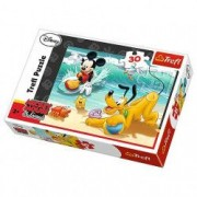Jucarie Puzzle Mickey si Pluto pe plaja 18207 Trefl