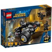 Batman Atacul Talonilor 76110 LEGO Super Heroes