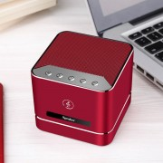 Q7 Portable Heavy Bass Stereo Bluetooth Speaker Built-in Mic Support Hands-free TF Card AUX For iPhone Samsung Huawei Xiaomi HTC and Other Smartphones Bluetooth Distance: about 10m (Red)
