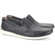 Clarks Karlock Lane Navy Leather Loafers For Men(Navy)