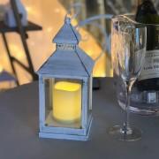 Luci Da Esterno Lanterna bianco antico con candela led Classic, effetto fiamma, luce bianco caldo (24 cm)