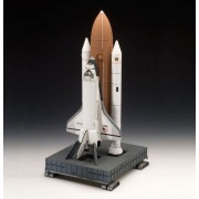 Space Shuttle Discovery & Booster Rockets-Revell
