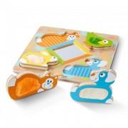 Melissa & Doug Fa készségfejlesztő játék, Tapintós puzzle, kukucskáló állatok tükörrel