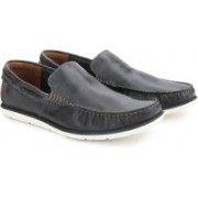 Clarks Kelan Lane Navy Leather Loafers For Men(Multicolor)