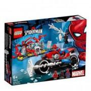Lego Super Heroes Salvarea cu motocicleta lui Spider Man 76113 pentru 6+