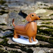Kikkerland Hondje Op Zonne-Energie - Teckel - Kikkerland