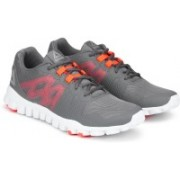 REEBOK REALFLEX TRAIN 5.0 Training & Gym Shoes For Men(Grey)