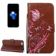 Para IPhone 8 Y 7 Voltaje Caballo Loco Textura Horizontal Flip Funda De Cuero Con Soporte Y Ranuras Para Tarjetas Y Billetera Y Lanyard (Brown)