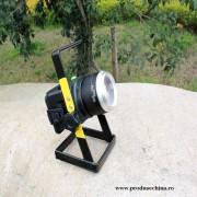 Proiector reincarcabil de 30W cu led CREE, 3 moduri de iluminare si ZOOM reglabil