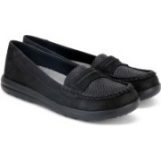 Clarks Jocolin Maye Black Synthetic Loafers For Women(Black)