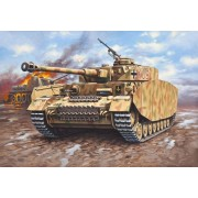 Revell PzKpfw. IV Ausf.H tank harcjármű makett 3184