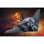 Revel lLockheed Martin F-117A Nighthawk Stealth Fighter repülőgép makett 3899