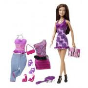 Mattel V8560 Barbie Doll And Fashions Theresa Gift Set