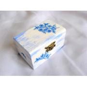 cutie lemn decorata cu servetel si pictata 15317