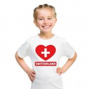 Shoppartners Zwitserse vlag in hartje shirt wit kind