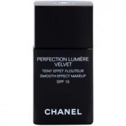 Chanel Perfection Lumiére Velvet maquillaje efecto piel seda de acabado mate tono 20 Beige SPF 15 30 ml