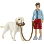 Schleich Farm World 42478 Walking with Labrador Retriever