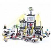 Joc de constructie My Police Sectia de Politie, 631 piese, 8 figurine, 6 ani+