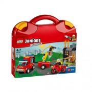 Set de constructie LEGO Juniors Valiza Patrula de Pompieri