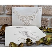 Invitatie nunta cu decupaje laser in forna de inima cod 2736