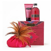 TREASURE TROVE RASPBERRY KISS GIFT SET