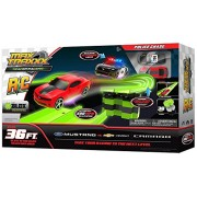 Max Traxxx R/C Tracer Racers High Speed Remote Control Mustang vs Camaro 'Police Chase' Track Set
