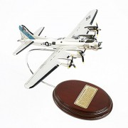 Mastercraft Collection B-17G Flying Fortress Model Scale