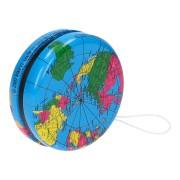 Jojo met wereldkaart