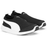 Puma ST Trainer Evo Slip-on DP Training Shoes For Men(Black)