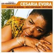 Cesaria Evora - Les Essentiels (CD)