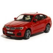 Miniatura BMW X4 F26 1:43 Melbourne Red
