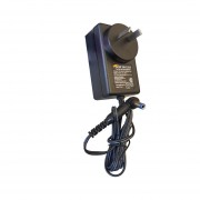 Fuente Switching Plastica Gralf 5v 2.5a Plug 5.5 Certificado