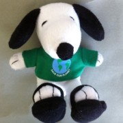Peanuts SNOOPY SAVE OUR PLANET/GO GREEN Metlife Plush (New/Sealed)