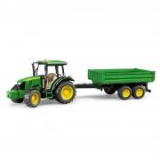Bruder John Deere 5115M Traktor med släpkärra 02108