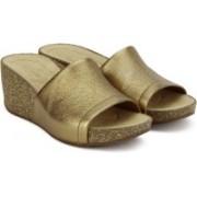 Clarks Women Gold Metallic Wedges