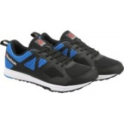 REEBOK DASH TR LP Training & Gym Shoes For Men(Black)