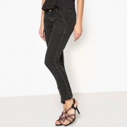 Skinny jeans in stretch denim SSALY