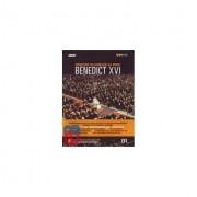 Ducale Questo Dvd Contiene Un Concerto In Onore A Papa Benedetto Xvi Svolto Il 27 Ottobre 2007 Presso L'aula Paolo Vi In Vaticano. Le Sinfonie Sono Di