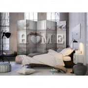Spanische Wand mit Home Aufschrift und Herz Grau und Weiß
