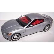 Bburago 1/24 Scale Diecast Italian Design 2008 Maserati Gran Turismo in Color Silver