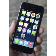 Apple iPhone 5S 16GB SpaceGrey (beg med nytt batteri) ( Klass B )