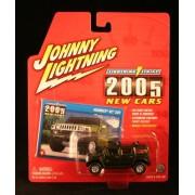 2004 Johnny Lightning Lightning Strike 2005 New Cars Hummer H2 SUV Dark Green #5