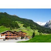 Hotel Bacher - 4 nap / 3 éjszaka wellness és pihenés 2 fő részére, félpanzióval Dél-Tirolban