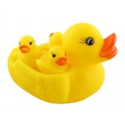 Beecart™ Duck Family Baby Bathing Toys Set Of 4 Yellow Rubber Squeaky Squeeze Lovely Ducklings