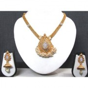 Golden Tilak Stone Ghungaru Jhumka Necklace Set