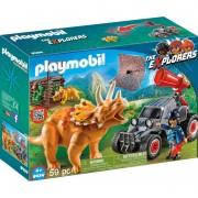 Cercetator automobil si triceratops